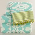Aqua Sculpted Geo Daisy Bath Towel Collection