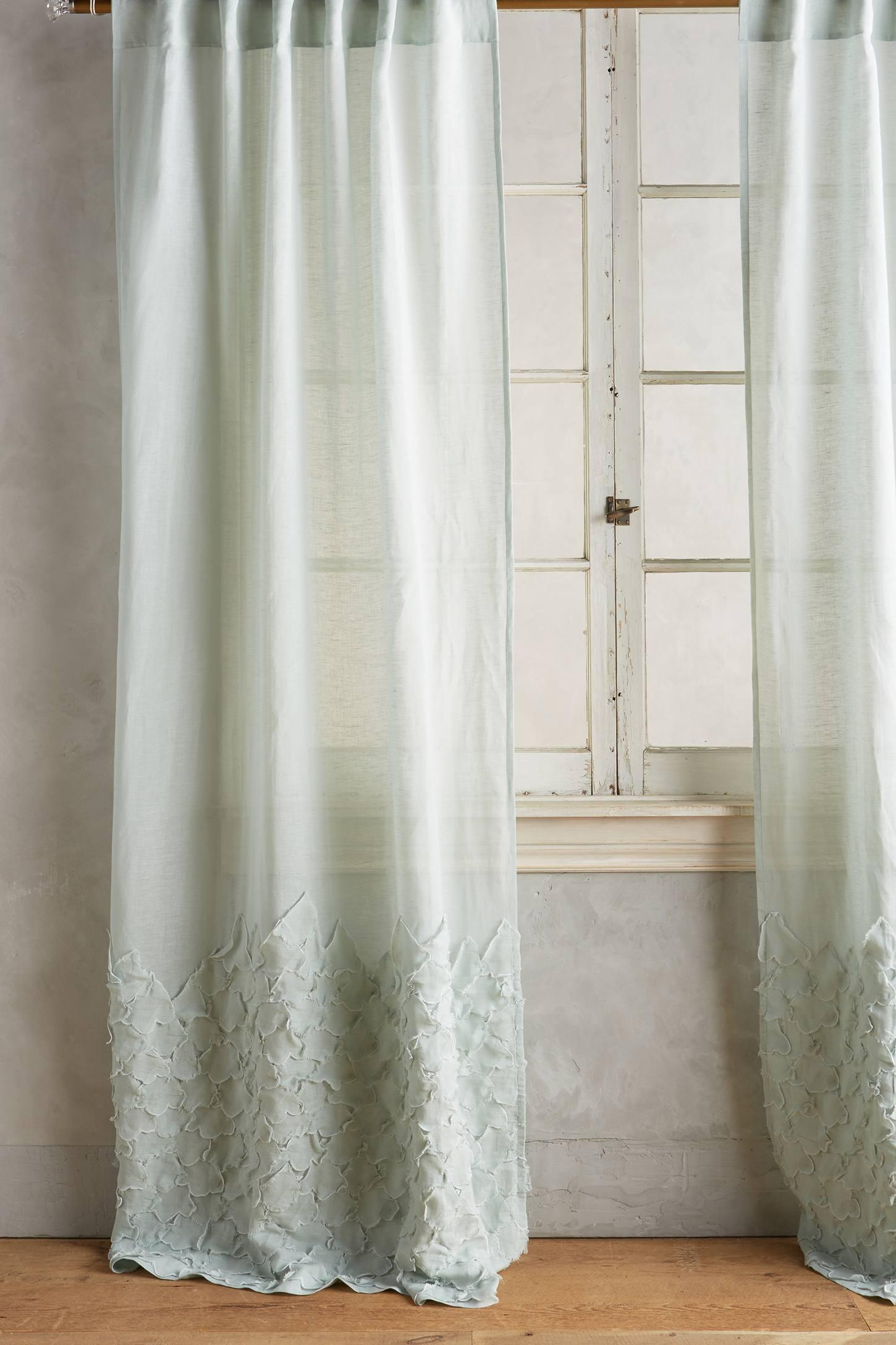 Ophelia Curtain