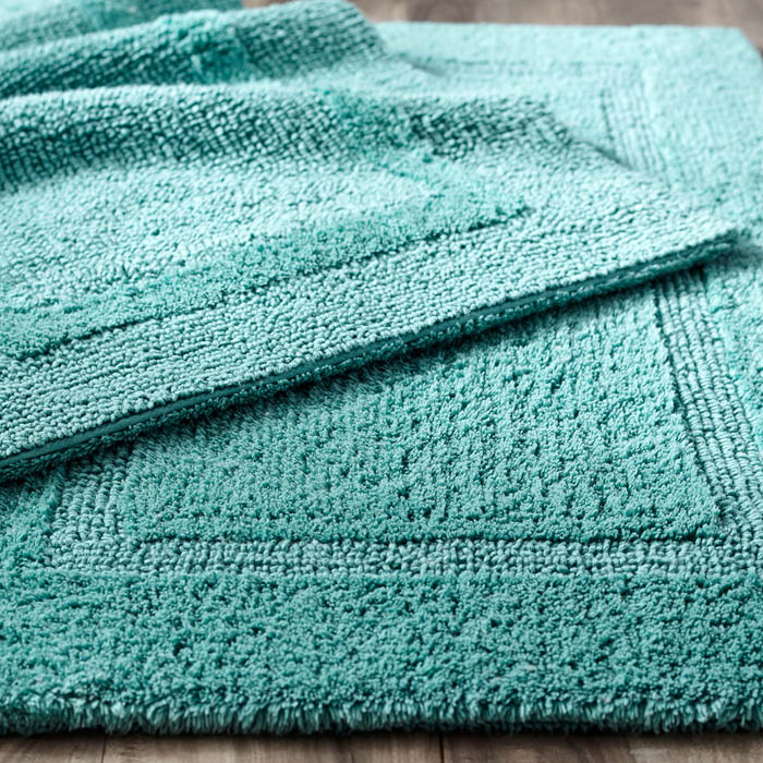 Reversible Cotton Turquoise Bath Rug
