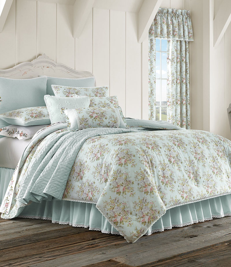 Piper & Wright Haley Lace-Trimmed Floral & Striped Comforter Set