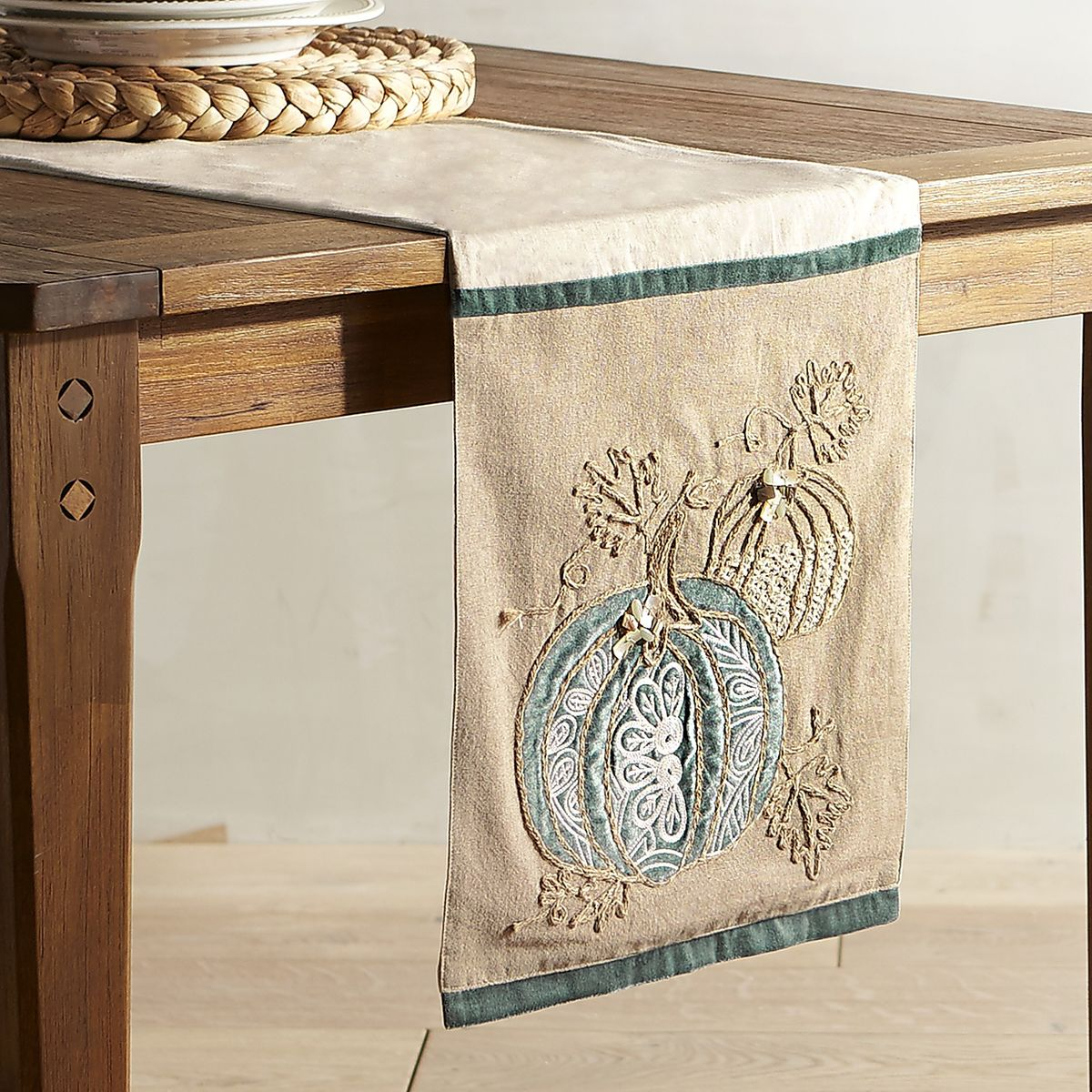 Coastal Pumpkin Applique Table Runner